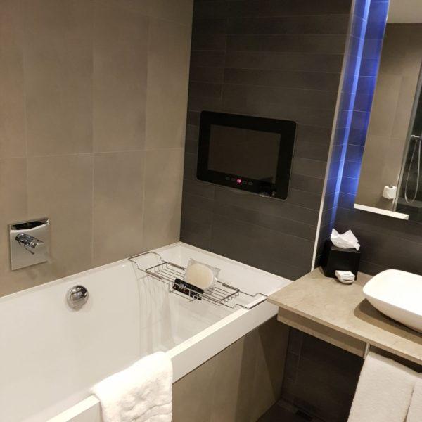 The Clayton Hotel - Bathroom