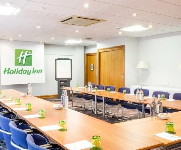 A Stylish, Cost-Effective Venue For Your Next Meeting And Overnight Stay